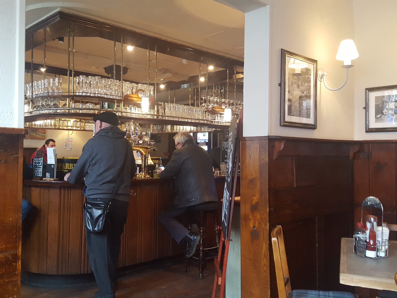 Dog & Bull, Croydon